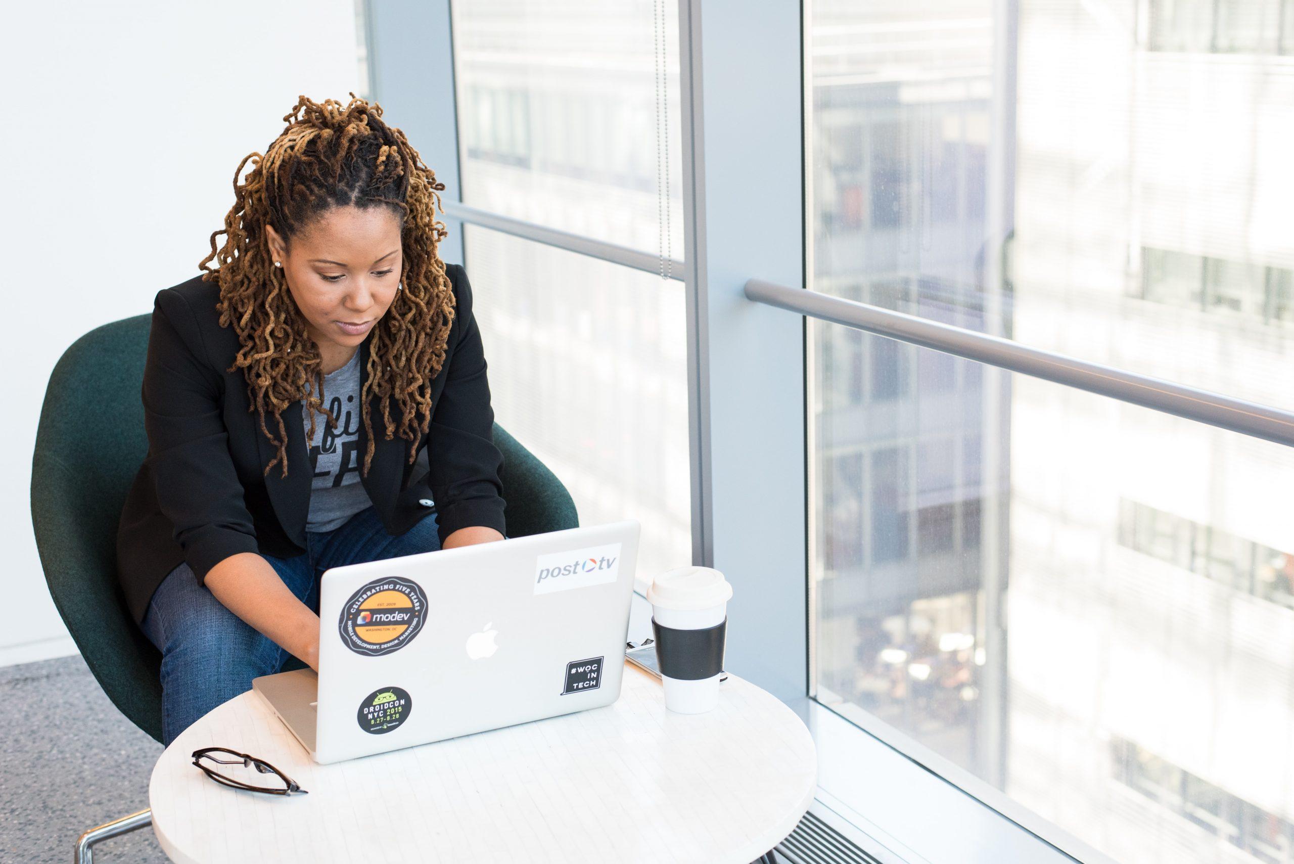 Lista com 9 áreas que são verdadeiras oportunidades para empreendedoras